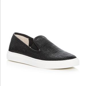 Vince Camuto leather Becker slip ons